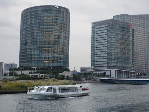横浜観光船「シーバス」(水上バス)
